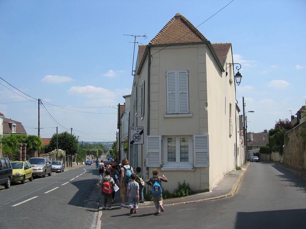Ste Geneviève des Bois  Longpont  Montlhéry ~ Picwic Ste Genevieve Des Bois